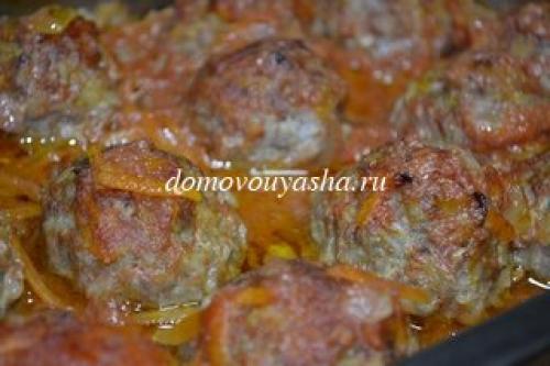 Куриные тефтели с рисом в томатном сметанном соусе в духовке. Тефтели с рисом в томатно-сметанном соусе в духовке