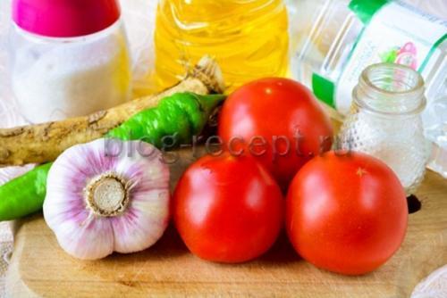 Хреновая закуска из помидор с хреном и чесноком на зиму вареная. Ингредиенты: