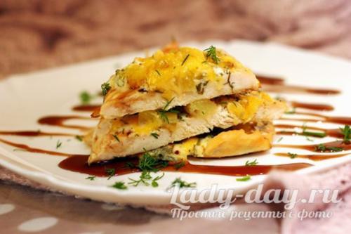 Как приготовить филе курицы в духовке с сыром и ананасом. Куриное филе в духовке с ананасами под сыром