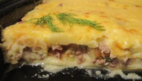 Картофельная запеканка с фаршем без сыра. Картофельная запеканка с фаршем и овощами