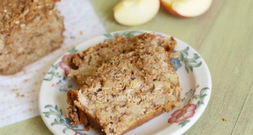 Пирог из мацы с яблоками. Шарлотка с яблоками из мацы