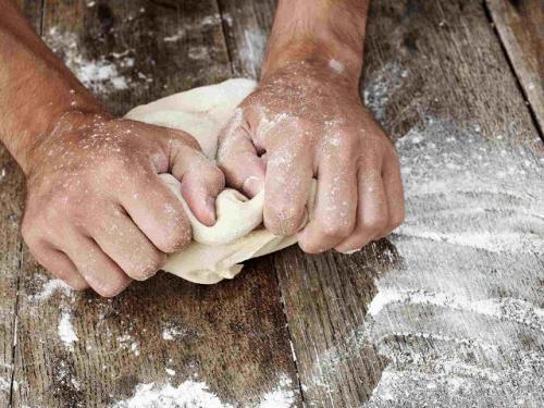 Заварное тесто для пирожков постное. Для пирожков и не только: 5 лучших рецептов постного теста