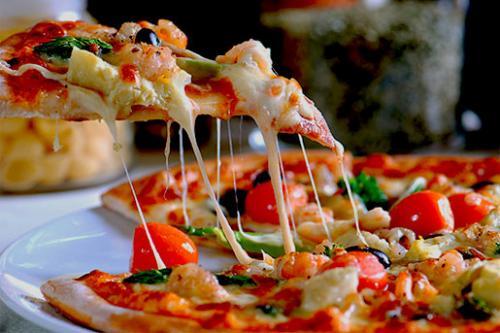 Тесто для пиццы дрожжевое тонкое. Тонкое дрожжевое тесто для пиццы (как в пиццерии)