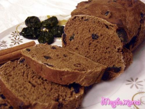 Хлеб ржаной с черносливом. Швейцарский шоколадный хлеб с черносливом (десертный)