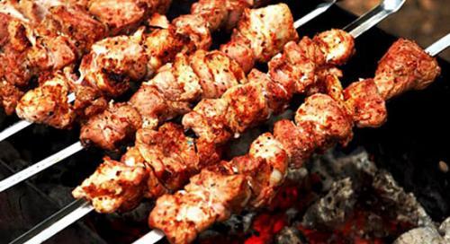 Маринад для шашлыка из свинины с аджикой. Острый шашлык из свинины с аджикой