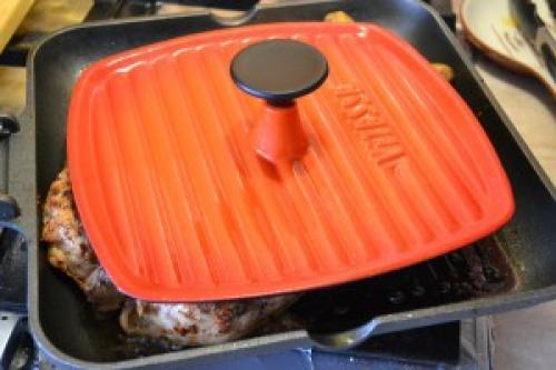 Цыпленок табака на сковороде-гриль. Цыпочки-табака на сковороде-гриль