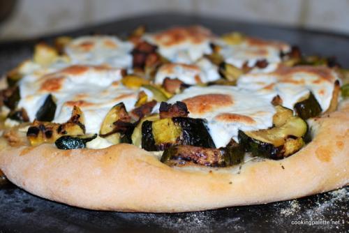 Пицца с рикоттой рецепт. Пицца с рикоттой, обжаренными на гриле овощами, говядиной или курицей