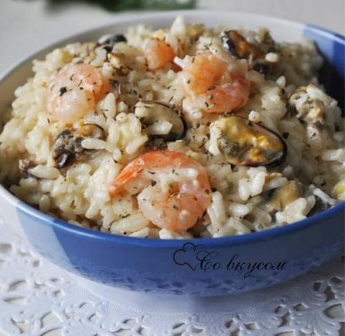 Морепродукты в сливочном соусе с рисом. Ингредиенты