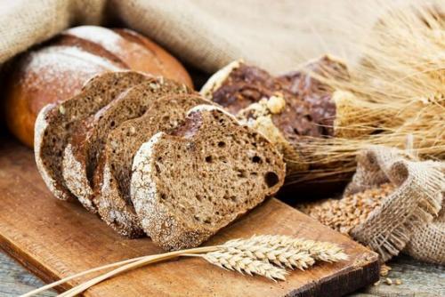 Хлеб ржаной на закваске с солодом. Хлебушек родом из Дании